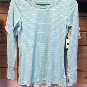 SUPER SOFT GAP Long-sleeve Striped Workout Shirt!